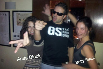 Raul Black - Anita i Betty